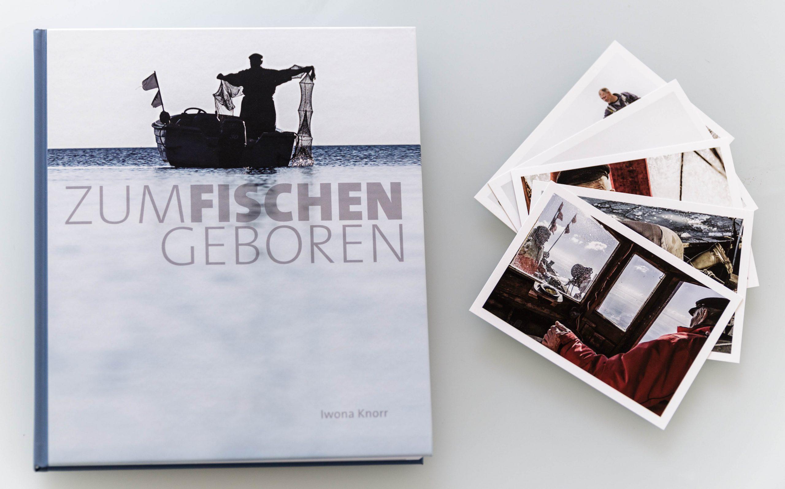 ZUM FISCHEN GEBOREN / Buch + Postkartenset